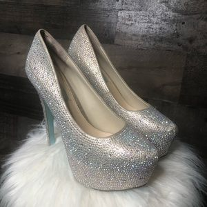 Blue by Betsey Johnson 'Wish' Crystal Pump